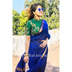 Half Saree Designs, Fancy Blouse Designs, Sari Blouse Designs, Bridal Blouse Designs, Blouse Neck Designs, Saris Indios, Sari Bluse, Indische Sarees, Stylish Blouse Design