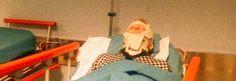 Dal cimitero all'ospedale: anziana aggredita mentre prega sulla tomba della figlia http://tuttacronaca.wordpress.com/2013/10/06/dal-cimitero-allospedale-anziana-aggredita-mentre-prega-sulla-tomba-della-figlia/