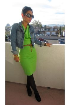 Love the color of this dress!!!