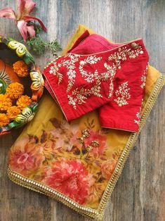 Silk Saree Blouse Designs, Saree Blouse Patterns, Designer Blouse Patterns, Plain Saree With Heavy Blouse, Lehenga Saree Design, Lehenga Choli, Organza Saree, Silk Sarees, Saree Floral