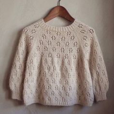 Baby Girl Cardigans, Crochet Clothes, Knit Crochet, Girl Outfits, Pullover, Knitting, Pattern, Sweaters, Babys