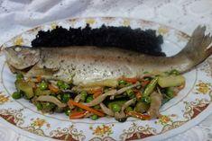 LA VERA  IN BUCATARIE: Lup de mare cu legume si orez negru Zucchini, Sandwiches, Tacos, Mexican, Ethnic Recipes, Food, Eten, Paninis, Meals