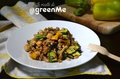 insalata di farro con ceci e verdure Orzo, Estate, Fett, Tofu, Quinoa, Sprouts, Food And Drink, Vegetables, Vegetarian