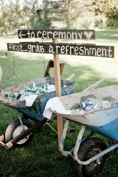 52 Great Outdoor Summer Wedding Ideas Summer is the best time for an outdoor wedding. We have put together some great ideas for your outdoor wedding. Rustic Wedding Signs, Farm Wedding, Wedding Tips, Wedding Bells, Wedding Planning, Wedding Summer, Summer Weddings, Budget Wedding, Trendy Wedding