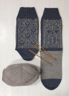 Inka, Gloves, Fashion, Roman Mythology, Knitting Socks, Flannel, Culture, Moda, Fashion Styles