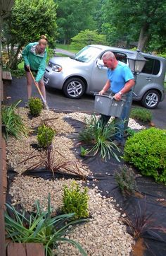 How to landscape with stones for easy upkeep! | www.rappsodyinrooms.com #LandscapingEasy