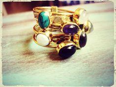 Layered anillo a capas con piedras semipreciosas. por Amanur