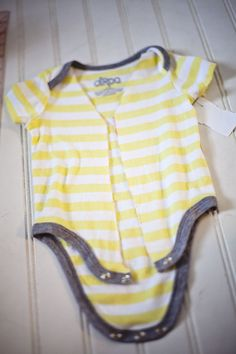 Tutorial seriously it s like sewing for dummies perfect baby shower
