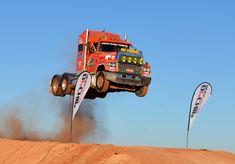 Semi Truck Jump, Prime mover Video 2 Australia extreme live Loveday 4x4 Park rum jungle trucking