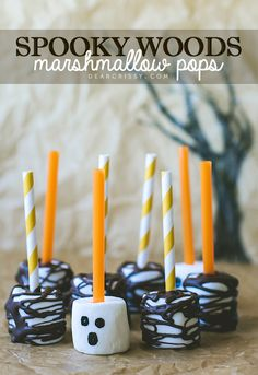 Halloween Marshmallow Pops | dearcrissy.com