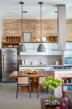 Home Interior Modern .Home Interior Modern Vintage Kitchen Decor, Home Decor Kitchen, Interior Design Kitchen, Home Kitchens, Interior Modern, Kitchen Ideas, Apartment Kitchen, Apartment Interior, Apartment Guide