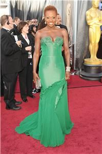 Actress Viola Davis arrives wearing a Vera Wang gown at the Annual Academy Awards held at the Hollywood & Highland Center on Feb. in Hollywood, Calif. Pictures: Oscars 2012 show highlightsPictures: Oscars Vera Wang Gowns, Vera Wang Dress, Viola Davis, Oscar Dresses, Evening Dresses, Oscar Gowns, Afro, Oscars 2012, Oscar Fashion