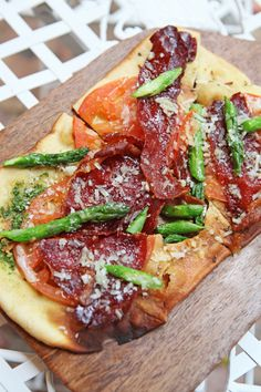 Hello Gorgeous! Chef Oscar del Rivero's Flat Bread with Prosciutto and Asparagus, perfect for Summer.
