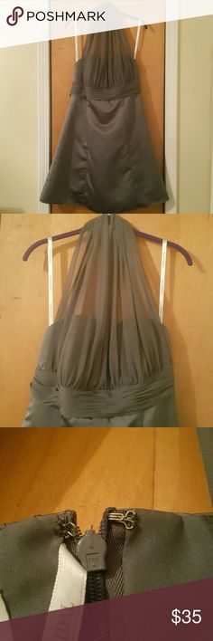 🎃SALE David's Bridal Satin Grey Dress Size 18🎃 David's Bridal Satin Grey Dress  Size 18 Halter style Ties in the back 42 inches in length Great condition  I welcome all offers, no matter the amount  Thanks for stopping by and have a great day!!!!!!!!!!!!!! David's Bridal Dresses