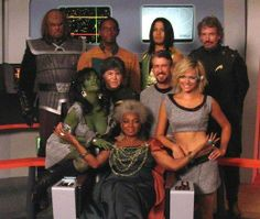Star Trek: Of Gods and Men (Official Complete Film) Star Trek 1, Star Trek Show, Star Trek Characters, Star Trek Movies, Star Trek Starships, Star Trek Enterprise, Akira, Science Fiction, Nichelle Nichols