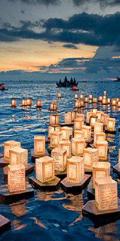 .Take some boats out and have candles floating in the water, perhaps a bottle of champagne and a kiss..