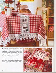 Crochet Inspirations avec Any Lucy: Serviette – oidis Crochet Fabric, Crochet Quilt, Crochet Doilies, Knit Crochet, Dinning Chair Covers, Dinning Chairs, Quilt Block Patterns, Pattern Blocks, Quilt Blocks