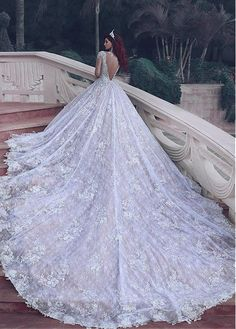 Marvelous Tulle Jewel Neckline A-Line Wedding Dresses with Lace Appliques