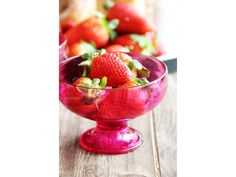 Sagaform - cztery pucharki deserowe Happy Days różowe | BelloDecor truskawki