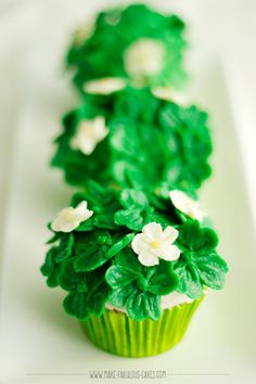 These cupcakes full of lucky four leaf clovers are the perfect treat to celebrate St. Patrick's Day.