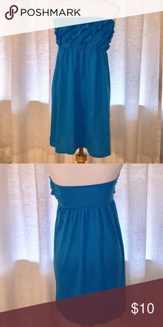 OP Strapless Turquoise Dress Junior's XL (15/17) OP Strapless Turquoise Dress. Size Junior's XL (15/17). Dress is lighter in color & more turquoise than shown in pics. Length shoulder to hem 26 3/4 in. Bust 32 in. 100% polyester. In excellent used condition. Ruffle detail at top, empire waist. Ocean Pacific Dresses Strapless