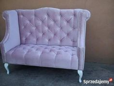 Stylowa sofa pikowana chesterfield Queen