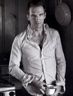 Ralph Fiennes. That's lord voldermort people.