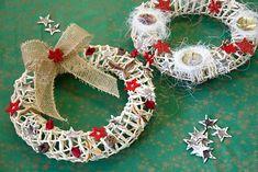 Kurz pletení košíků na Praze 4 - 4 hod. Kos, Christmas Wreaths, Holiday Decor, Home Decor, Decoration Home, Room Decor, Home Interior Design, Aries, Home Decoration