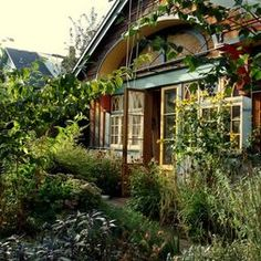 Cottage Exterior Design, Pictures, Remodel, Decor and Ideas - page 15