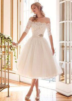 Lovely Tulle Off-the-shoulder Neckline Ball Gown Tea-length Wedding Dress With Lace Appliques
