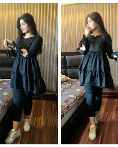 Pakistani Fancy Dresses, Indian Fashion Dresses, Dress Indian Style, Pakistani Dress Design, Indian Designer Outfits, Fancy Dress Design, Girls Frock Design, Stylish Dress Designs, Girls Dresses Sewing