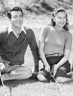 Robert Taylor, Barbara Stanwyck                              …
