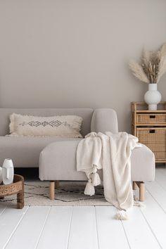 By SIDDE - ELLE INTERIEUR Living Room Inspiration, Home Decor Inspiration, Dream Decor, Home Bedroom, Home Decor Accessories, Home And Living, Living Room Designs, Home Furniture, House Design