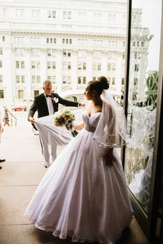 Father of the bride does everything right Father Of The Bride, Formal Dresses, Wedding Dresses, Montreal, Fashion, Bridal Dresses, Moda, Bridal Gowns, Formal Gowns