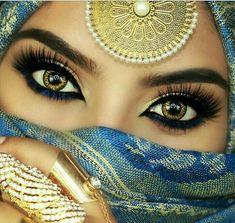 Pin On Eye Makeup images ideas from Beautiful Makeup Photos Most Beautiful Eyes, Stunning Eyes, Gorgeous Eyes, Arabian Eyes, Arabian Makeup, Arabian Nights, Niqab Eyes, Eye Makeup Images, Arabian Beauty Women