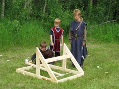 water balloon catapult instructions