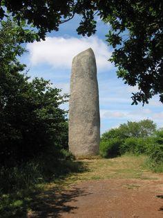 Plouarzel ~Menhir de Kerloas
