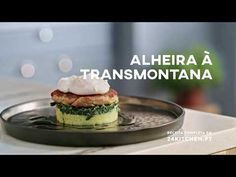 Portuguese Recipes, Salmon Burgers, Cooking, Ethnic Recipes, Youtube, Food, Meat Recipes, Main Course Dishes, Natural Person