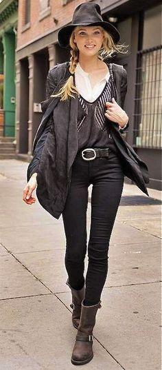 Fall / winter - street style - gunslinger boots + black gunslinger boots + layered sweaters + white shirt + fedora