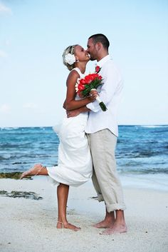 #beach #wedding http://www.beautifulbarefootsandals.com