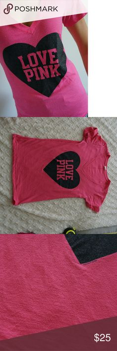 Victoria secret PINK short sleeve Tee Shirt Small Victoria secret PINK short sleeve Tee Shirt Small. Preowned . may have piling and other signs of wear. See pictures for details PINK Victoria's Secret Tops Tees - Short Sleeve