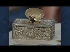 In Vintage Denver, Frank Boos appraises German silver music boxes that boast beautiful animated birds! Denver, Antiques Roadshow, Music Boxes, Household Items, Automata, Decorative Boxes, Old Things, Cool Stuff, Singing