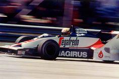 O dia 25 de março marca três décadas da estreia de Ayrton Senna na F-1 em Jacarepaguá pela Toleman.