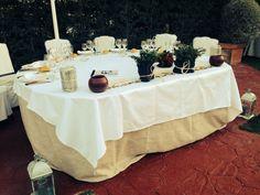Mesa presidencial en Jardín Longuera de Vara Restaurante & Eventos