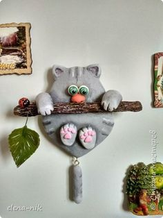 Clay Crafts For Kids, Rock Crafts, Diy Arts And Crafts, Ceramic Painting, Ceramic Art, Ceramic Fish, Clay Wall Art, Clay Art Projects, Clay Ornaments