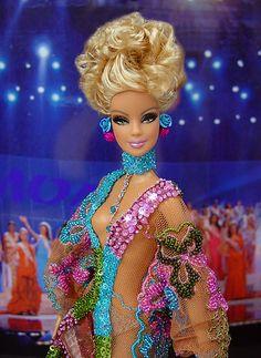 OOAK barbie pageant dolls by NiniMomo Creations Barbie Hair, Doll Hair, Barbie Clothes, Barbie Barbie, Barbie Stuff, Beautiful Barbie Dolls, Pretty Dolls, Miss Arizona, Arizona Usa