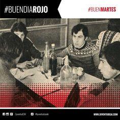 #BuenDiaRojo! #BuenMartes! 😈 Concentración de #Independiente en González Catán. Pogany, Bochini,Carrica y outes.