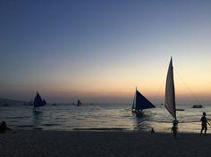 Boracay Sunset #boracay #bora #philippines Sailing Ships, Philippines, Boat, Sunset, Places, Dinghy, Boating, Sunsets, Boats