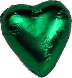 Emerald wedding favour chocolate hearts, part of a favour pick-and-mix? Chocolate Wedding Favors, Wedding Favours, Wedding Chocolates, Cadbury Chocolate, Chocolate Hearts, Pink Frosting, Green Party, Pick And Mix, How To Make Chocolate