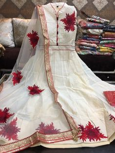 Chanderi Silk Anarkali with patch work. Comes with cotton leggings and net dupatta. Pakistani Dresses Casual, Indian Gowns Dresses, Indian Outfits, Desi Clothes, Indian Clothes, Long Gown Dress, Designer Punjabi Suits, Indian Look, India Fashion